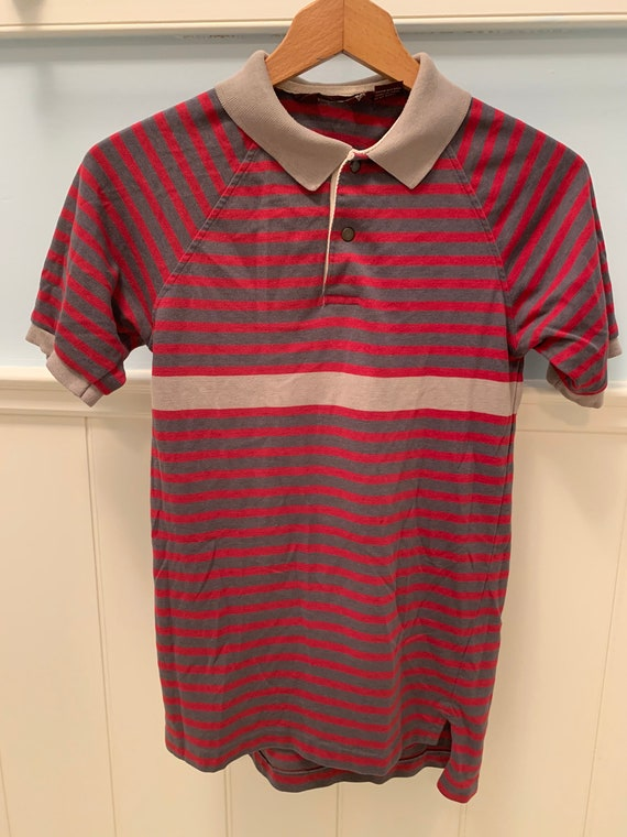Collared striped t-shirt