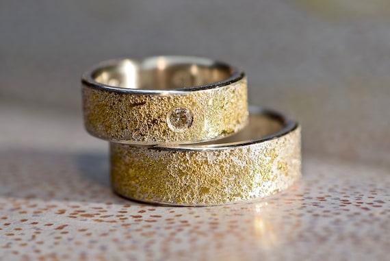 Eheringe handgemacht mit Gold und Diamant STARDUST | Etsy