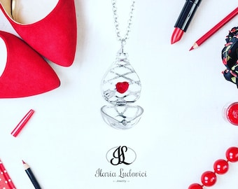 Secret Drop necklace with heart, a gift of love secret.
