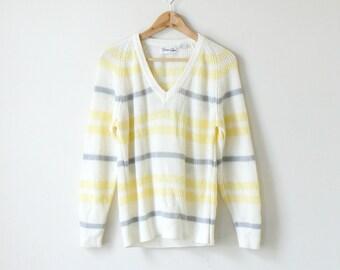 0b5f7f9682 Cream sweater 80s | Etsy