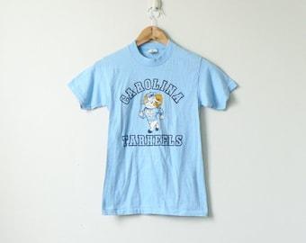 the best attitude c20e7 bac8f 70s Carolina Tar Heels UNC T-Shirt - Tar Heels T-Shirt - 70s T-Shirt - College  T-Shirt - Carolina T-Shirt - UNC Shirt - Unc Tee - Men s XXS