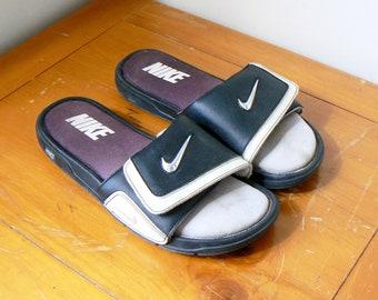 13ea090c23810f 90s Nike Metal Logo Slides - Vintage Nike Slides - 90s Nike Sandals - 90s  Hip Hop Clothing - Vintage Nike - 90s Hip Hop Style - Men s 11