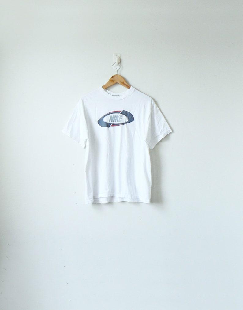 e891e955 90s Nike Logo T-Shirt Vintage Nike T-Shirt 90s T-Shirt | Etsy
