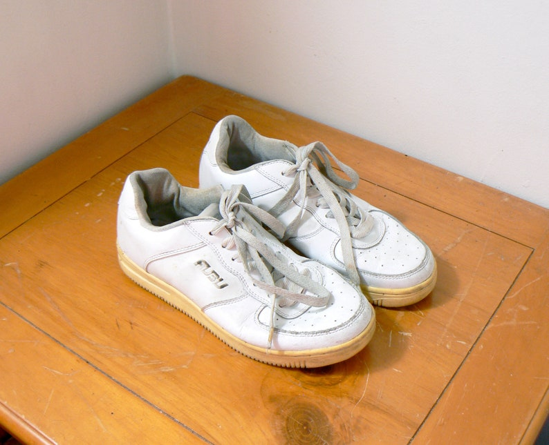 b8e2659a99af 90s Lightly Distressed Fubu Sneakers Vintage Fubu Shoes