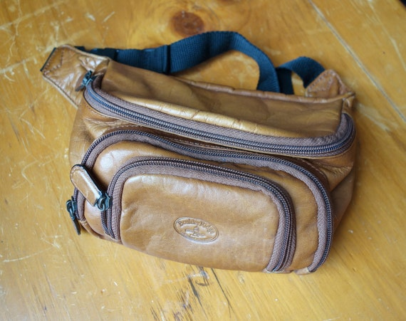 90s 3-Pocket Tan Leather Fanny Pack - 90s Fanny Pa
