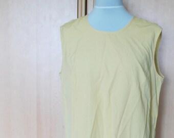 Vintage Yellow top, simple blouse, sleeveless top, summer blouse, summer shirt, loose shirt, basic shirt, womens top, retro top, size L