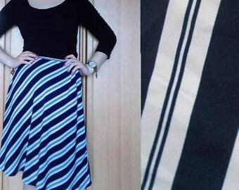 Vintage Crepe skirt, striped crepe skirt, flowy skirt, nautical skirt, midi skirt, gift for her, light skirt, stiped skirt, crepe skirt, M