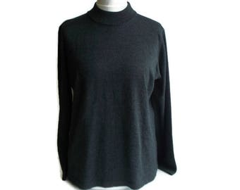 f33b22c9df2 Vintage Women s Sweaters
