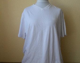 a265b9509 Vintage Hugo Boss Shirt, Hugo Boss Tshirt, White tshirt, Simple white tshirt,  Mens Tshirt, Hugo Boss top, Size XL