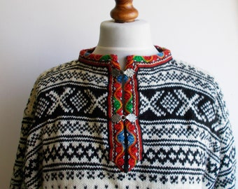 Hand Knitted Vintage Norwegian Pullover Nordic Wool Jumper Ski Sweater Black White Red Mens Sweater Menswear Size Men M Gift for Him