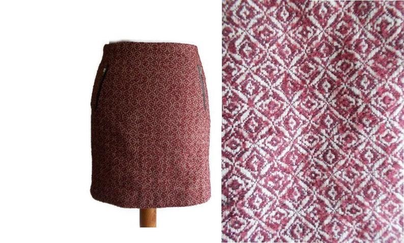 f7a9403e31c Vintage Mini Skirt, Vintage pencil skirt, Red skirt, Burgundy skirt,  Patterned skirt, Classic skirt, Winter skirt, Retro skirt, Size M