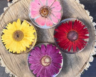 Resin Coaster with Dried Flower