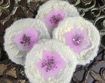 White Flowers Set of 4 Coasters