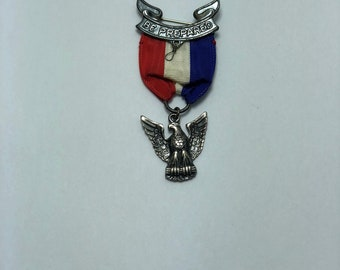 b23b009e7c442 1955 - 1969 Boy Scout BSA Robbins Type 4 Sterling Silver Eagle Scout Medal  - FREE SHIPPING