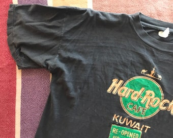 5285ea5cde6f4 Bootleg Bart Simpson Desert Storm Vintage Graphic Tee   Hard Rock Cafe  Kuwait   90s 1990s Nineties   Arabian Gulf Mens Womens XL Extra Large