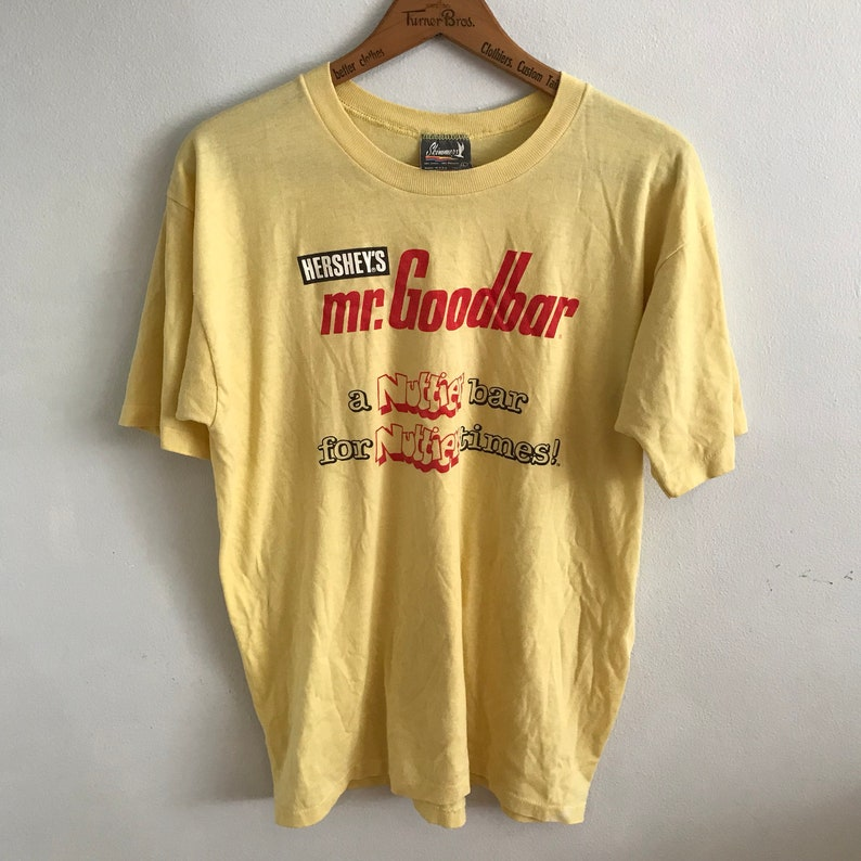 Vintage Graphic Tee Mr Goodbar  Womens Mens Large  Candy Bar  80s 1980s Eighties  Yellow Red Skimmer TShirt Cotton Poly Made in USA