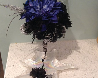 Bouquet and matching Pin for any occasion