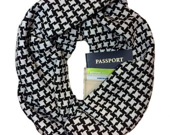Houndstooth | Knit Infinity Scarf With Hidden Pocket