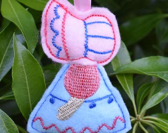 Sunbonnet Sue Ornament
