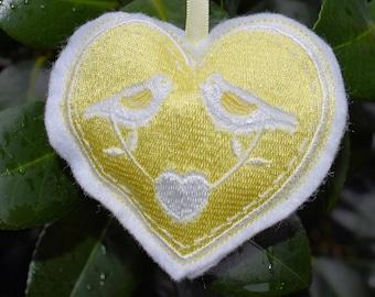 Folk Heart - Yellow