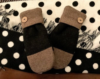 Mittens - Recycled in Vermont - Extra Warm, Color-Blocked Black and Brown