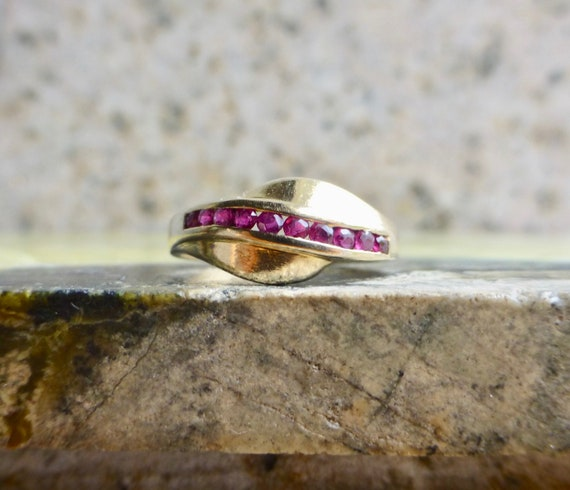 Vintage Ruby Ring, Antique Dainty Ruby Ring, Ruby