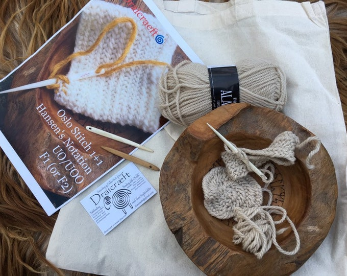 "Nalbinding kit Wool Craft"" 2 x Oslo Stitch Nålebinding samples, hand carved bone or Wood needle, wool & pamphlet how to Nalbind"