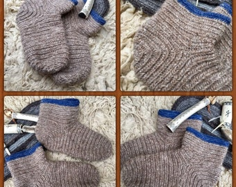 Nalbinding Socks Viking UK 5-6, US 6-7 Made to your Size, Viking breed wool socks, Anglo Saxon socks, Reenactment socks