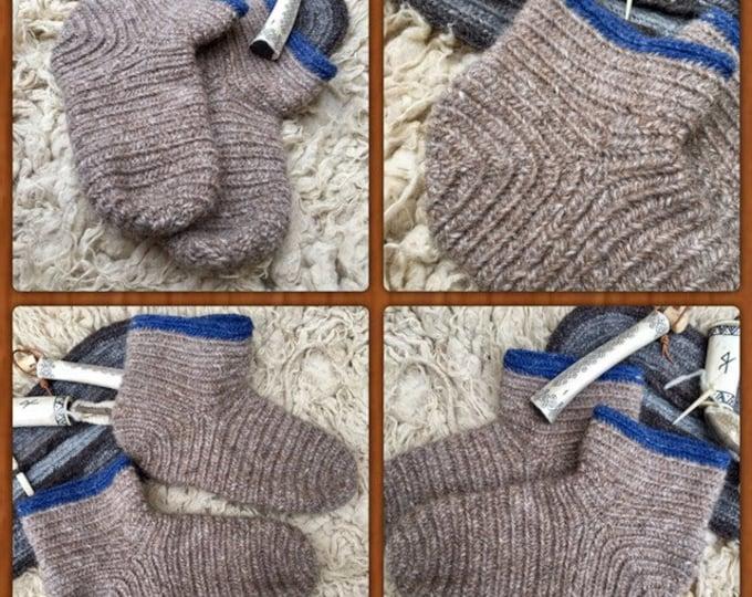 Nalbinding Socks Viking UK 5-6, US 6-7 Made to your Size, Viking breed wool socks, Anglo Saxon socks, Reenactment socks