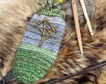 Nalbinding Bag Runic Case with Carved Bone and Ash nalbinding needles supplied ~*SHAMAN BAG *~~* Viking Æsir Seidr *