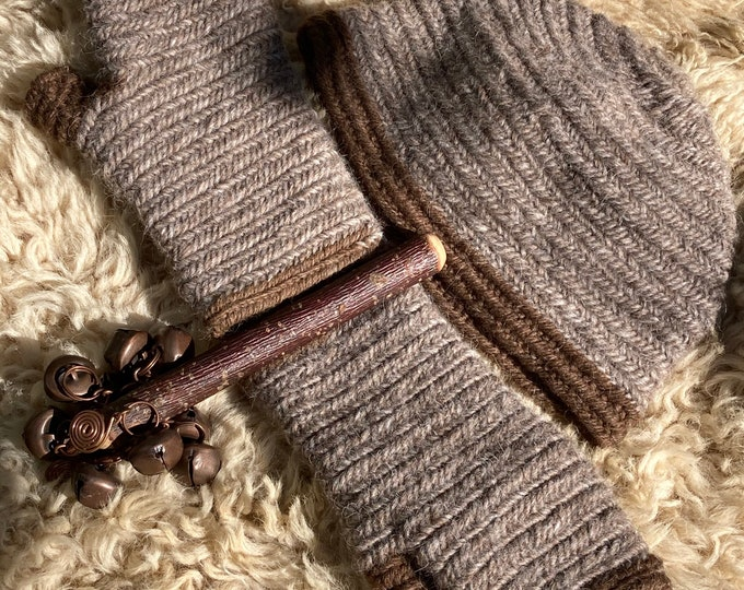 Nalbinding  Hat & Fingerless Mittens made to order in Shetland Wool Viking Anglo-Saxon Reenactment  Naalbinding