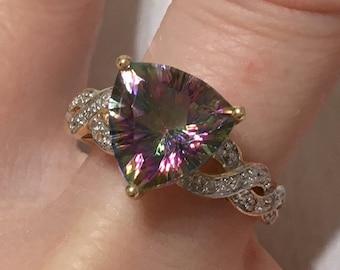 Glass pendant SALE 20/% off  10pcs of NP-993 Rhodium Plated Trilliant Cut Light Mint