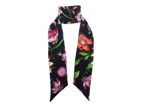 Foulard Soie Haute Couture skinny scarf noir vert rouge   Etsy a9a6703c638