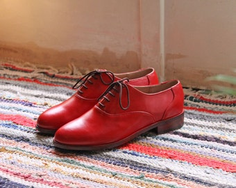 Womens oxford shoes-custom shoes-leather shoes-womens oxfords-red-oxford shoes-red shoes-mens oxfords-women shoes-brogues-mens shoes