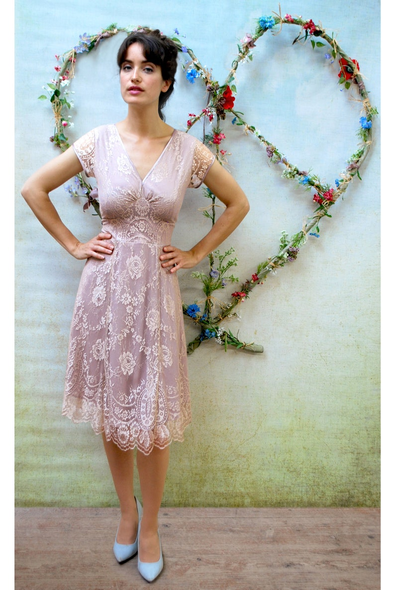 1940s vintage style lace dress in platinum and tea rose