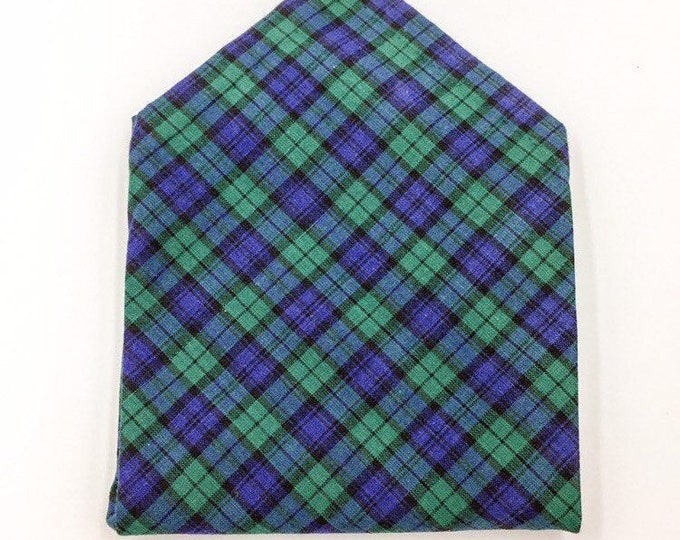 Blackwatch tartan pocket square, tartan pocket square, green and blue hankerchief.