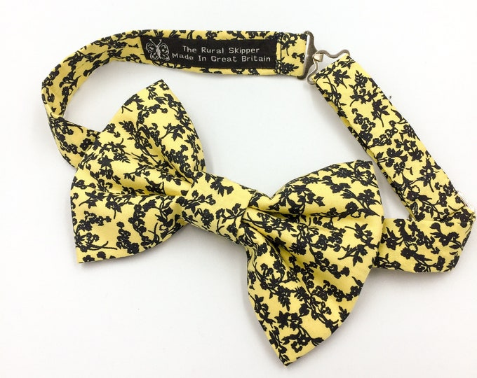 Yellow and navy floral print bow tie, floral bow tie, lemon and navy bow tie.