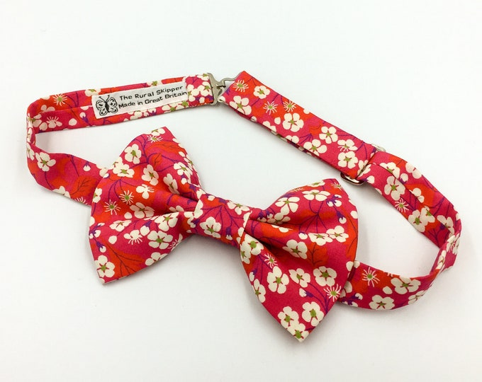 Pink floral bow tie, pink and cream floral bow tie, Liberty cotton bow tie, wedding bow tie, groom's bow tie.