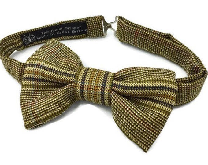 Mens tweed bow tie, green tweed bow tie, plaid bow tie, wool and silk bow tie.