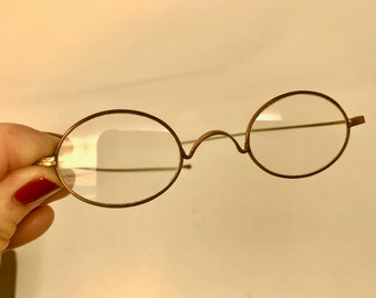 19a5bcc43e5 Antique Oval Wire Rim Glasses Gold Tone Vintage Spectacles Oval Wire Rim