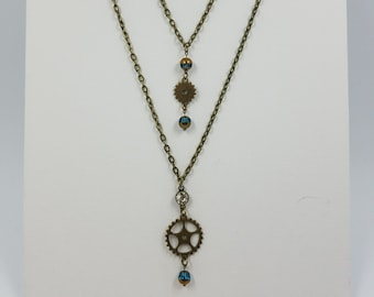 Steampunk necklace - Glass beads - Gears - Double chain