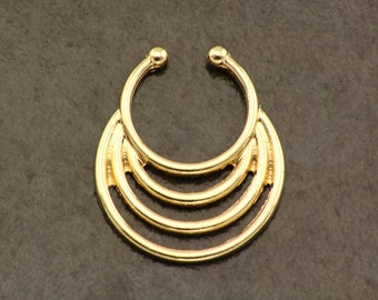 Gold Fake Septum Ring. Gold Fake Nose Ring. Septum Piercing. Boho Fake Piercing. Bohemian Clip On Septum. Golden Hipster Faux Septum Ring.
