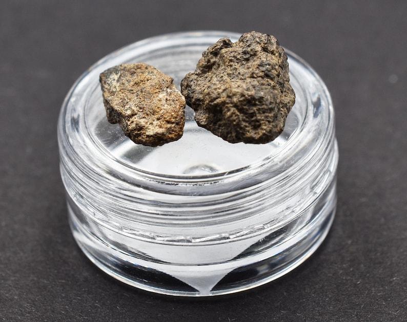 NWA Stony Meteorite 2,19 g NonCom Saharan Desert Amazing gift design statuette Space Ordinary Chondrites Great for Collectors