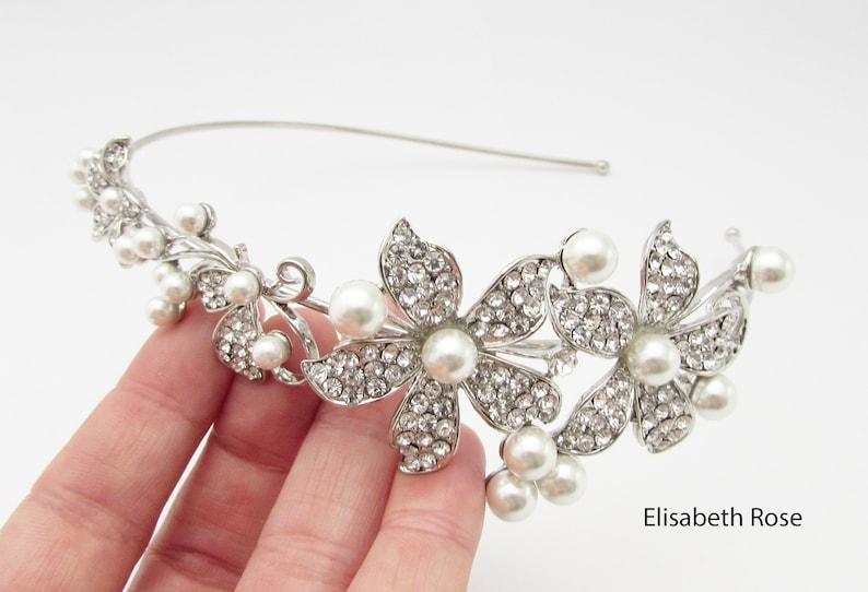 Pearl Bridal Headband Crystal Side Hairband for Wedding Wedding Day Hairband Pearl Hairband Decorative Silver Pearl Wedding Hairband