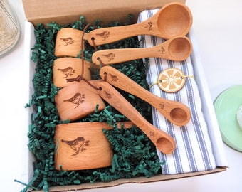 Housewarming gift basket, New home gift box, Wooden measuring cups, Baking box, Cooking gifts, First time home buyer,