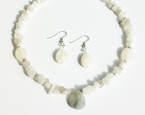 Grey Quartz Necklace and Earrings Set