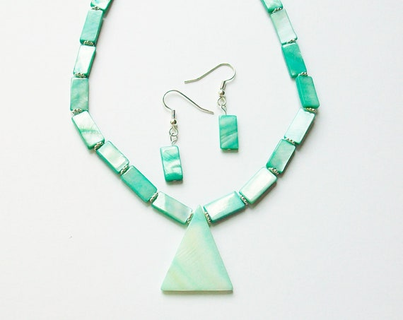Seafoam Green Shell Necklace and Earrings Set