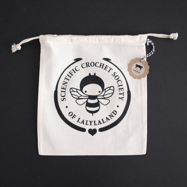 lalylala crochet PROJECT BAG with honey bee print image 0
