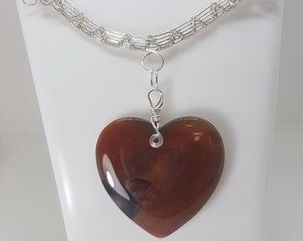 Wire wrapped bar, with large heart