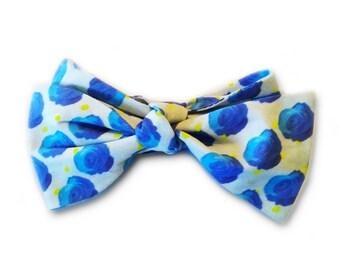 Blue Roses Bowtie